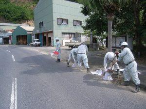 歩道・車道路面清掃