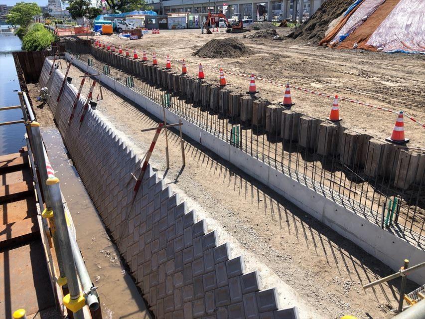 谷山駅周辺地区区画道路擁壁築造工事(その4)・・5月