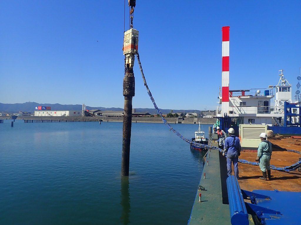 鹿児島港(旧木材港区)整備(臨海起債)工事(R2-2工区)