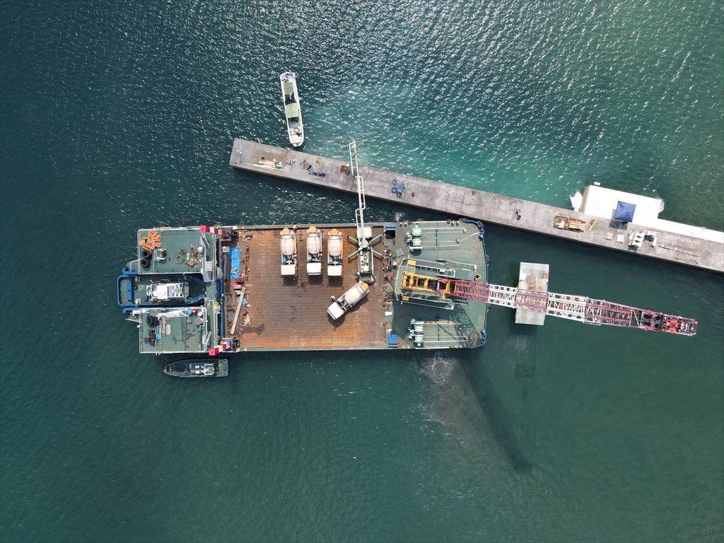 小湊漁港漁港施設機能強化工事(R2-1工区) 8月